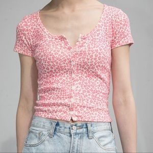 NWT Brandy Melville Pink Cheetah Zelly Top